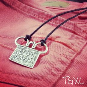 Customized Dual Flower Soul Lock Necklace